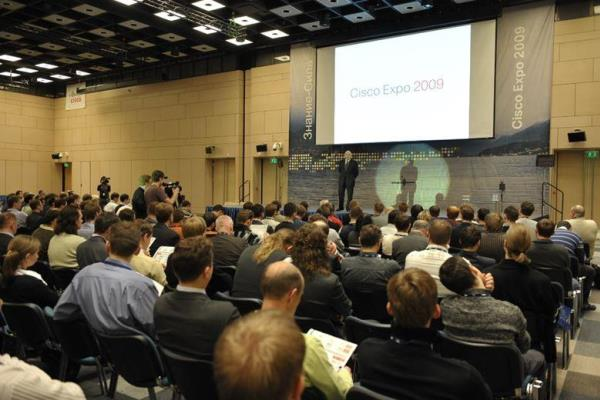 А.А.Палладин открывает Cisco Expo-2009.